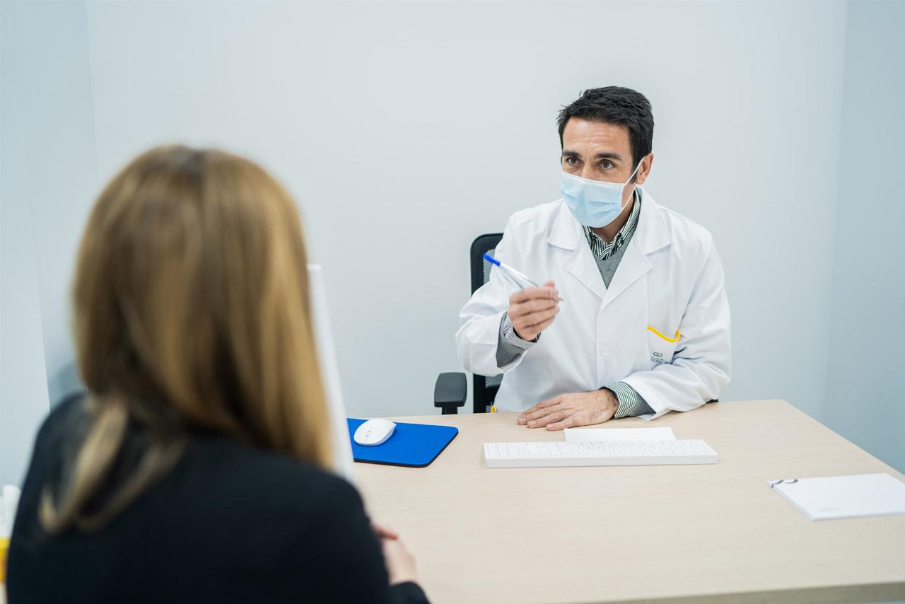 Equipo medico de el centro de diagnóstico y traumatología, Origen